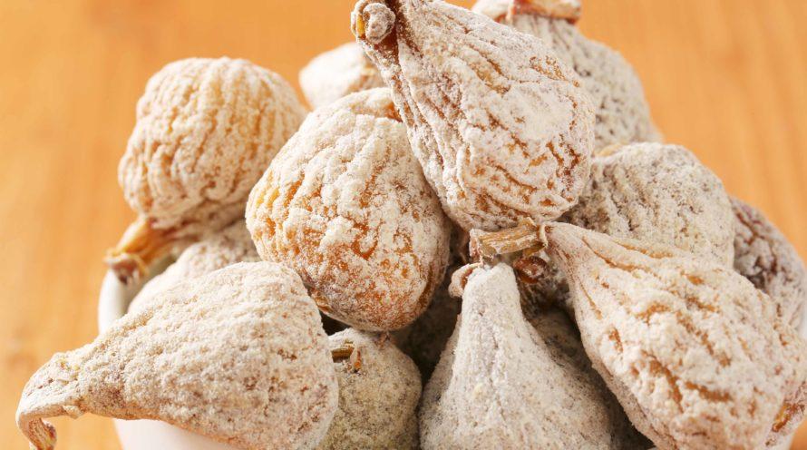 Higos ecológicos a granel con harina