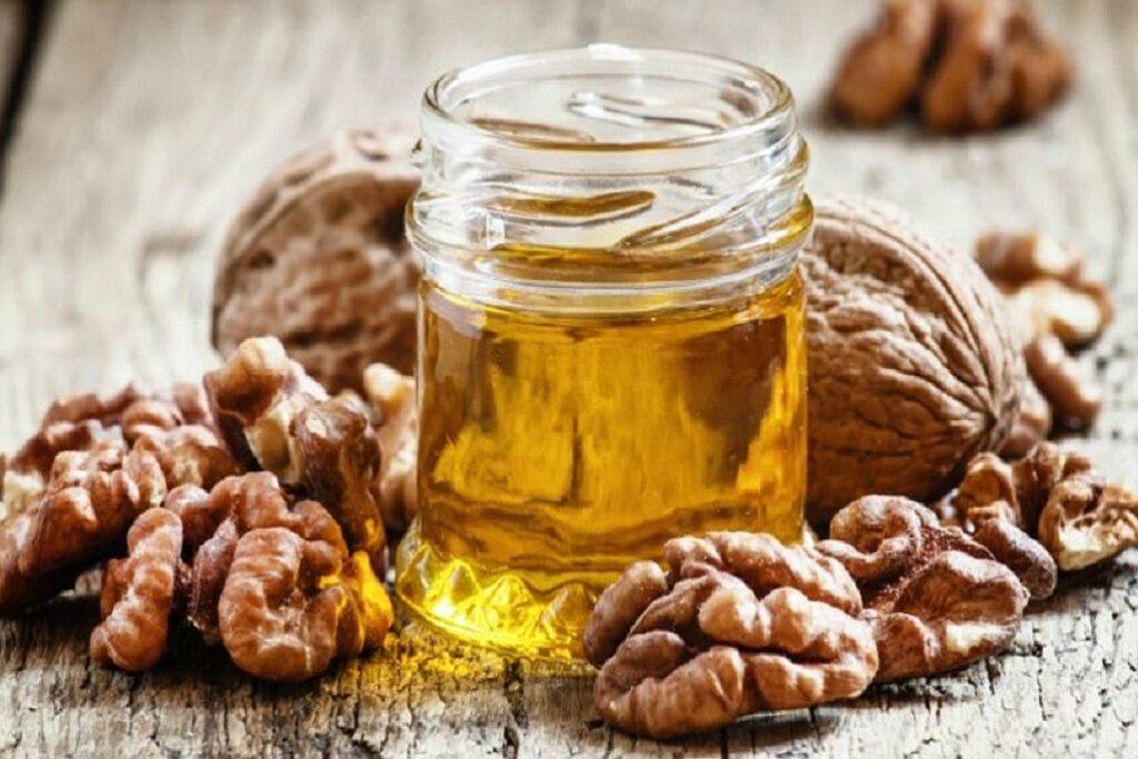 Beneficios y propiedades del aceite de nueces ecológico